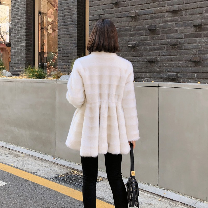 1만원 할인이벤트 진행/bloggerbok flare fake fur half coat(ivory)