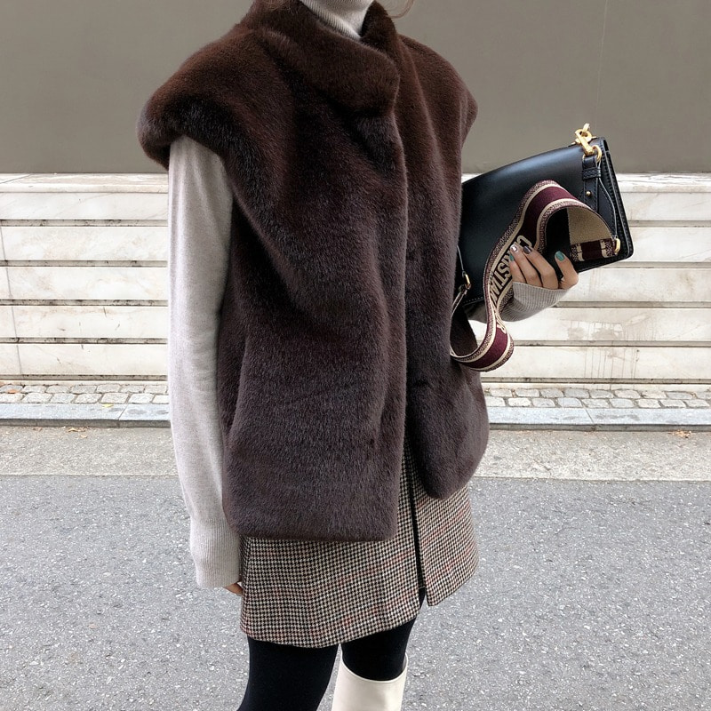 1만원 할인이벤트 진행/bloggerbok with fake fur vest(brown)