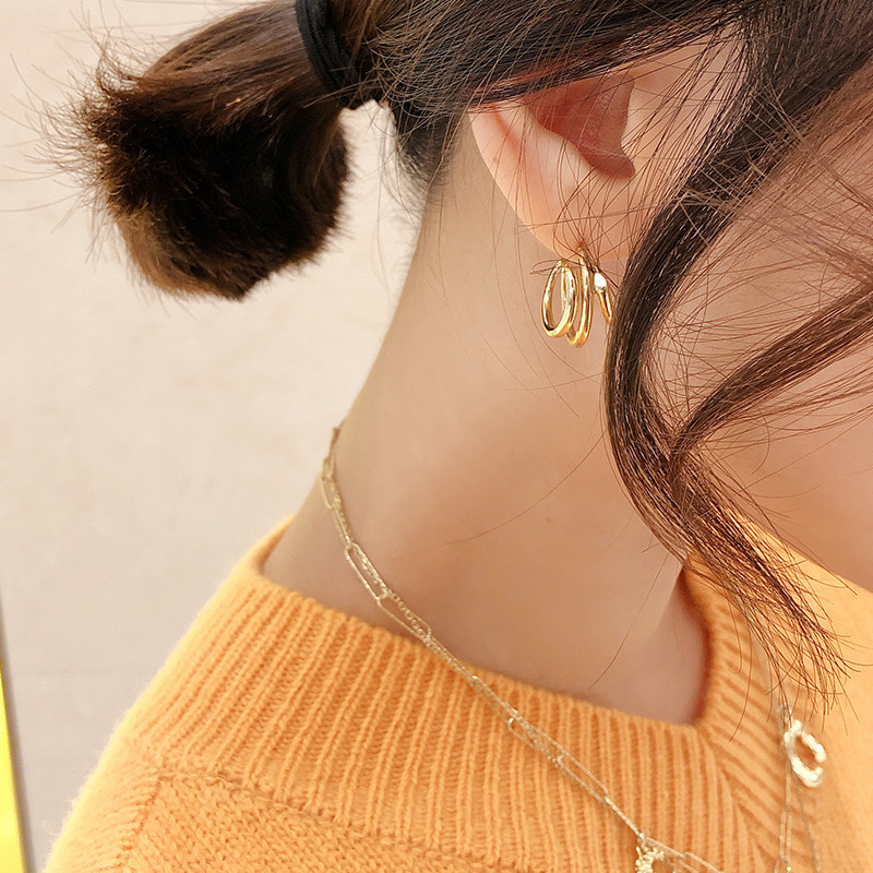 3 ring gold earring