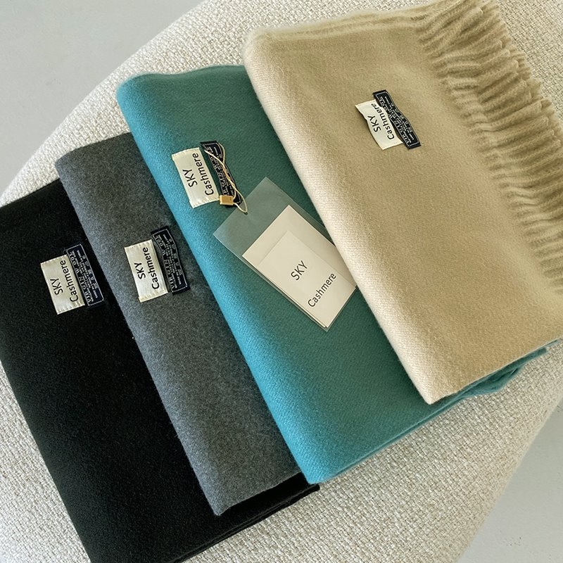 soft virgin wool muffler